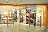 Walking into a Payless store is like walking into the walk-in-shoe ...